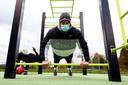Nu sportscholen in Brussel gesloten zijn, zoeken sporters hun heil buiten.