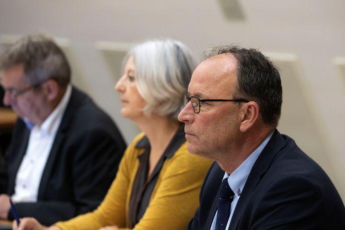 De drie Valkenswaardse wethouders op een rij, vlnr Kees Marchal, Mieke Theus en Theo Geldens.