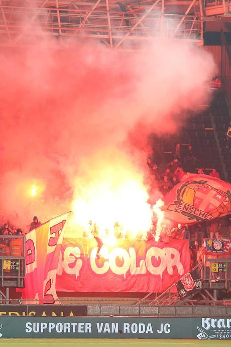 Directeur FC Twente: 'Schade aan veld Roda verhalen op verantwoordelijken'