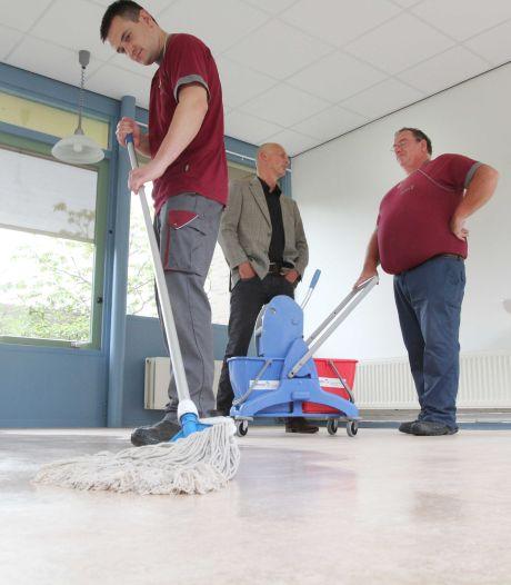 Werkzaak gaat minder schoonmaken in sportaccommodaties