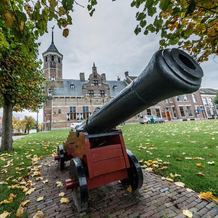 Willemstad is een van de vestingsteden die de Zuiderwaterlinie rijk is.
