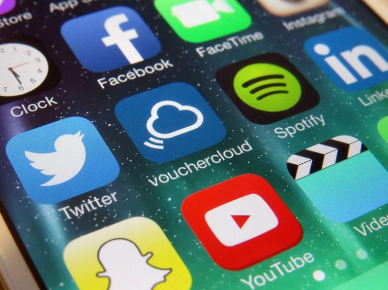 Binnenkort moet je in ons land minstens 13 jaar zijn om een account aan te maken op sociale media. Beeld Photo News