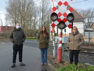 Infrabel trekt aanvraag tot sluiting spooroverweg in Welle (voorlopig) in