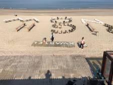 Strandtenthouders staat het water tot aan de lippen