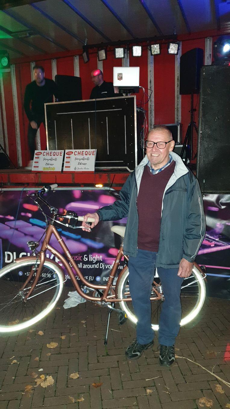 Robert Schepers won de nieuwe fiets.