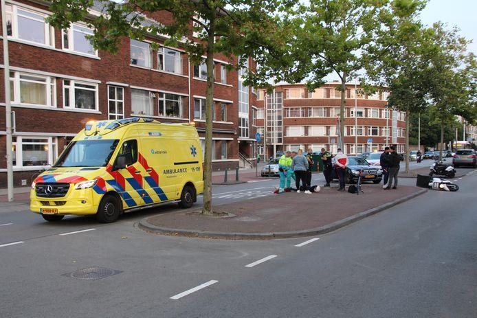 Het ongeluk gebeurde op de Leyweg.