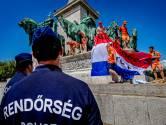 Zon, bier en vooral géén corona of politiek gedoe: Boedapest draait warm voor Oranjefeest