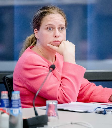 Kritiek op Carola Schouten, die onderhandelt én minister is: 'Minister is geen parttime baan'