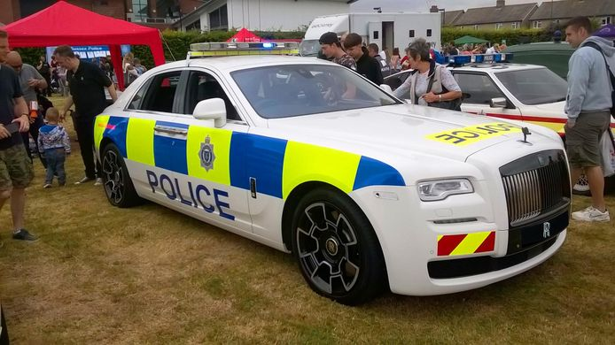 De Rolls-Royce Ghost van de politie van Sussex