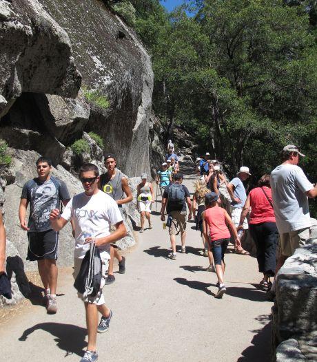 Accueil des touristes au Yosemite malgré le virus