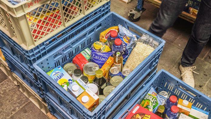 Of de armoede sinds de coronacrisis is toegenomen, kan nog niet gestaafd worden met officiële cijfers. De voedselbanken over het hele land zien wel een flinke toename van het aantal gebruikers.