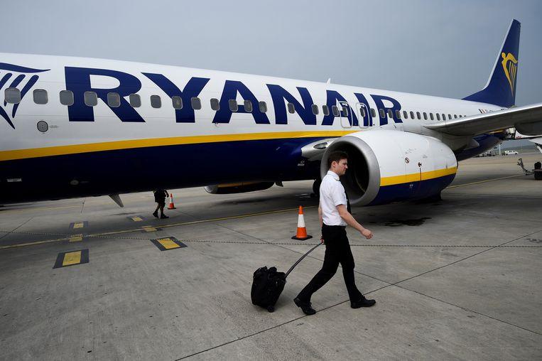 Een piloot van RyanAir.  Beeld Reuters