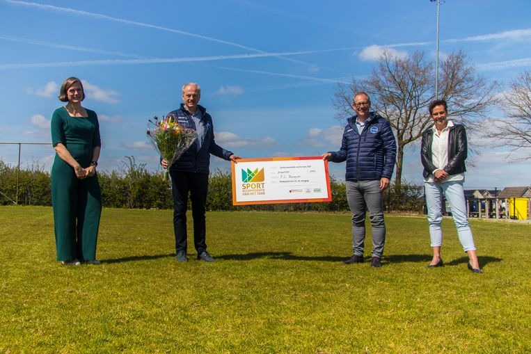 De Friese club FC Burgum heeft volgens de jury de meest duurzame accommodatie van Nederland.   Beeld geen