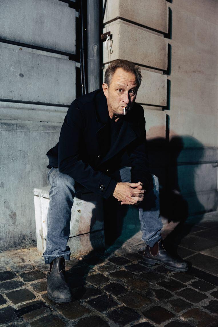 Benoît Poelvoorde: 'Als acteur word je vooral betaald om níét te spelen. Alsof je de grootste lul ter wereld hebt, en ze je betalen om de hele tijd je broek dicht te houden.' Beeld Damon De Backer