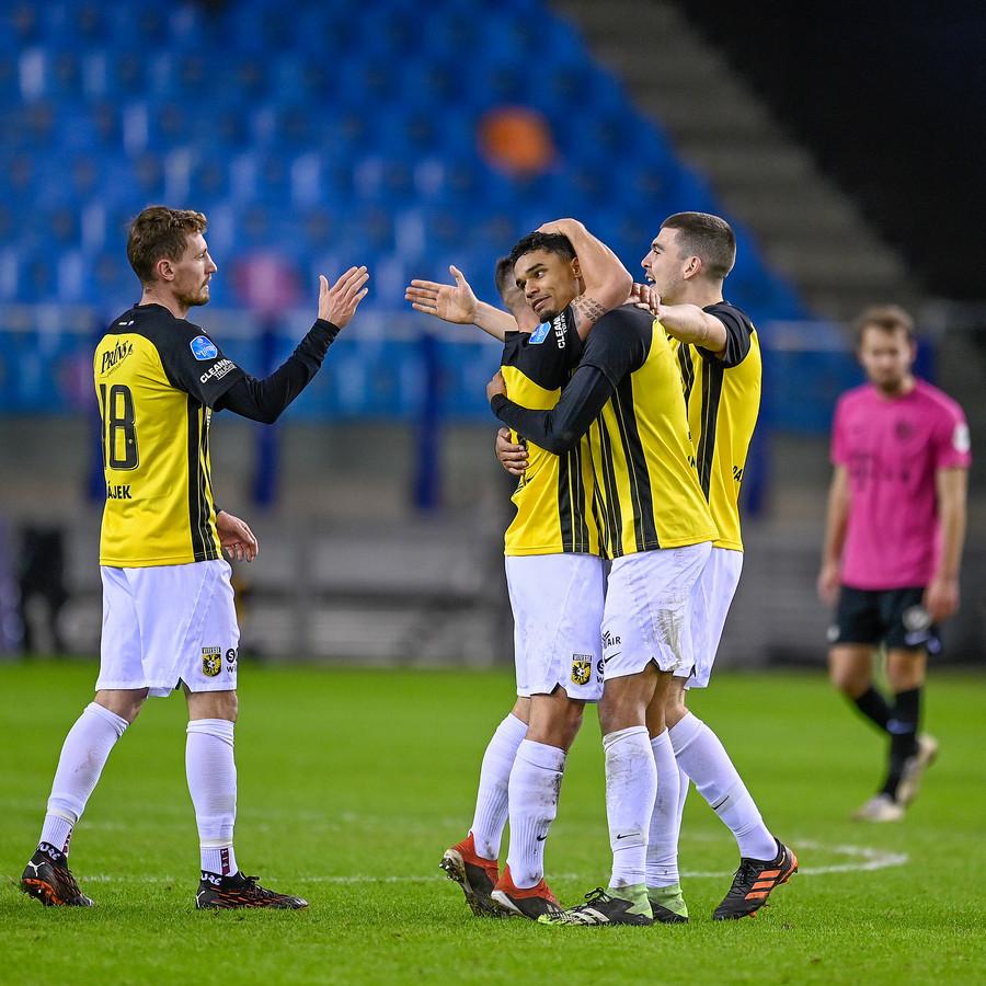 Tomas Hajek lijkt te gaan spelen tegen Excelsior. Danilo Doekhi en Jacob Rasmussen vormen doorgaans de twee mandekkers, maar in verband met de belasting overweegt coach Thomas Letsch veranderingen achterin.