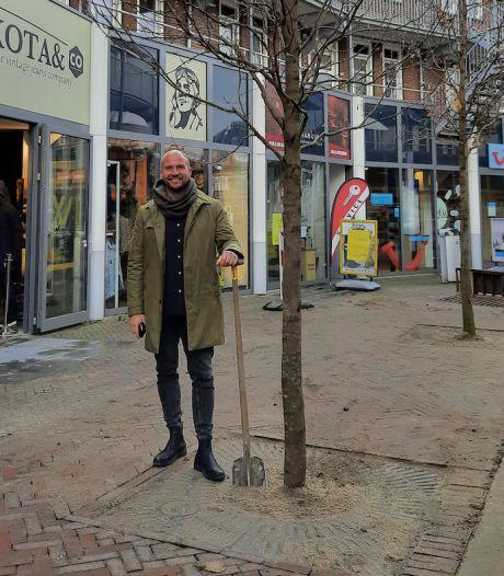 Centrummanager Dennis (46): 'Zelfs in coronatijd zijn er twintig winkels bijgekomen'