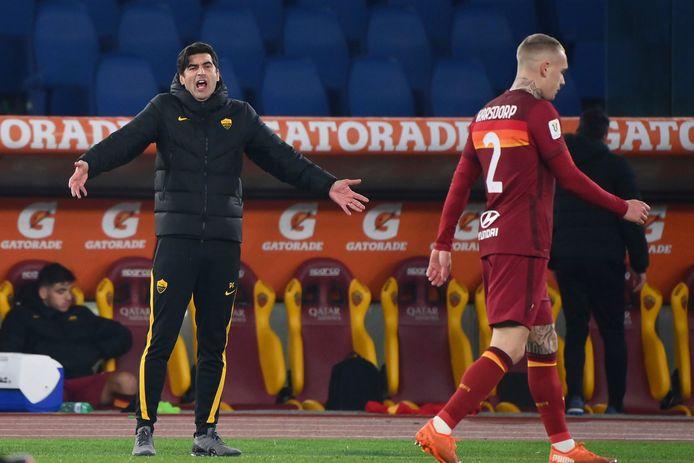 Trainer Paulo Fonseca kan opzoek naar een nieuwe teammanager.