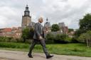 """René Schutte, topman bij Gasunie, tegen het decor van zijn woonplaats Zutphen. ,,Lokale waterstofinitiatieven weten mij te vinden."""""""