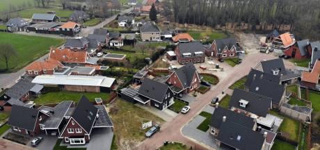 Tubbergen blij dat overal volop wordt gebouwd: 'De huizen gaan als warme broodjes'