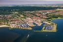 Zeewolde, met aan de horizon de landbouwgronden waar de nieuwe stad 'Eemvallei Stad' zou moeten komen.
