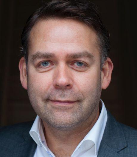 Jos Verveen: 'Mensen vinden democratie belangrijk, maar hebben weinig vertrouwen in politici'