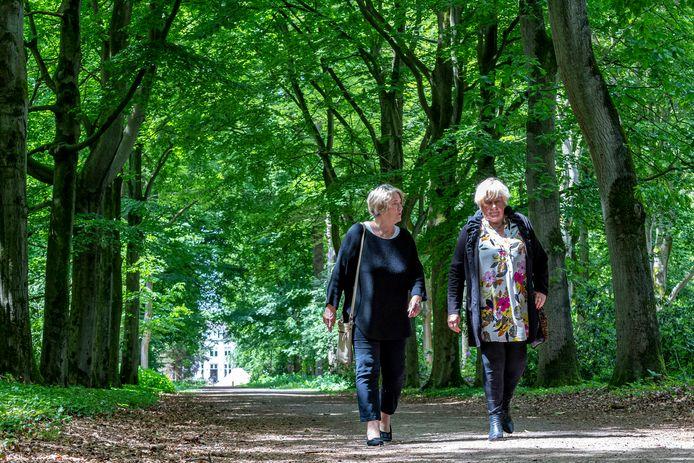 Margret Vreedenburgh (links) en Joke Storms  pleiten voor ruimere mogelijkheden voor euthanasie bij wilsonbekwamen.
