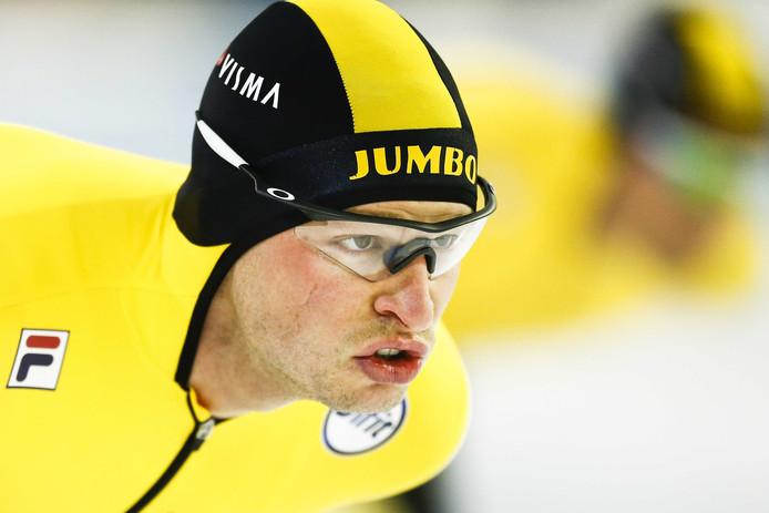 Sven Kramer tijdens de vijf kilometer.