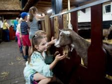Voor mijn 2-jarige dochtertje is het normaal geworden dat kinderboerderijen dichtzitten