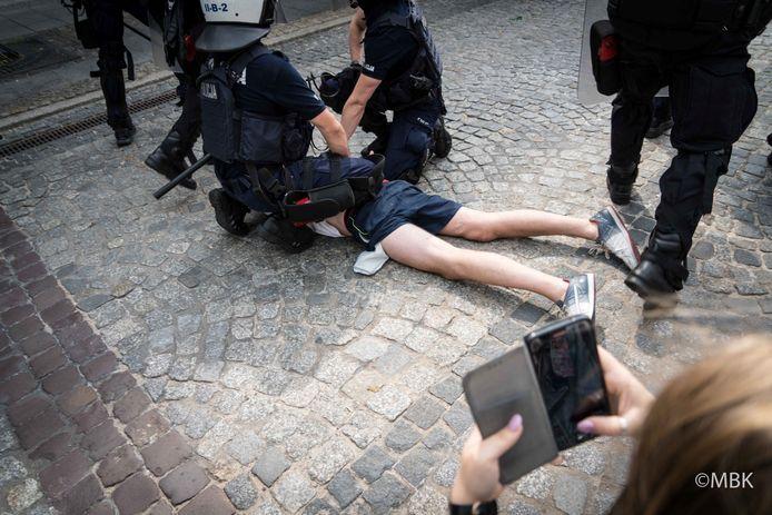 20 mensen werden gearresteerd.