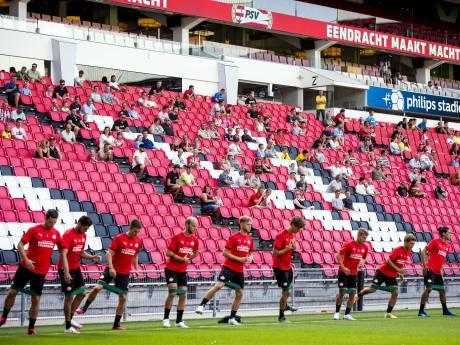 Gutiérrez en Thomas terug bij PSV, dat voor 1200 toeschouwers traint in het Philips Stadion