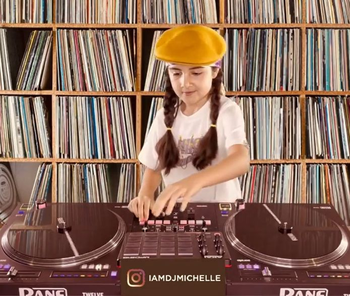 DJ Michelle, originaire de Dubaï, est la plus jeune candidate à participer au DMC World DJ Championships.