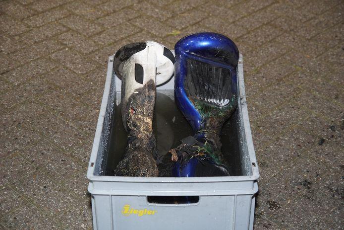 Twee hoverboards vlogen tijdens het opladen in brand in een huis in Kaatsheuvel.