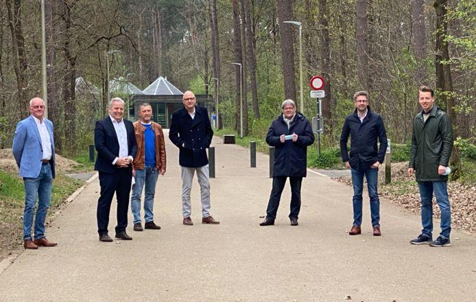 Een aantal Limburgse burgemeesters en Vooruit-boegbeelden kanten zich tegen de leidingsstraat.