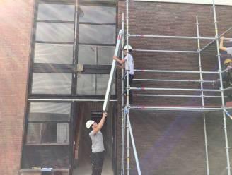 GO! Atheneum Herzele traint leerlingen dakwerken in veilig werken op hoogte