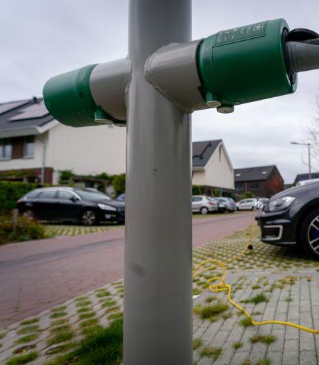 Zo moet het tekort aan laadpalen voor elektrische auto's worden opgelost in Altena, vindt het CDA