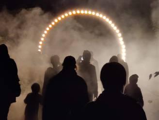 """KNAL! START groot succes met meer dan 25.000 bezoekers maar drie sterrenkundige verenigingen staken deelname tijdens festivalopener: """"Georges Lemaître draait zich om in zijn graf"""""""