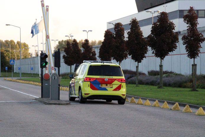 Hulpdiensten rukten dinsdagavond massaal uit naar de gevangenis Lelystad, waar een vlam in de pan het brandalarm deed afgaan.