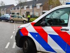 Auto's botsen tegen elkaar op Rivierensingel in Brouwhuis