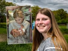 Beroemde couveusebaby Suzanne uit Deventer lag ooit in Máxima's armen: 'Ik volg haar 50ste verjaardag op de voet'
