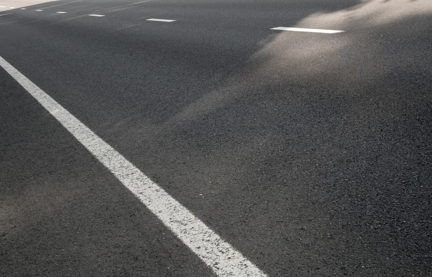 stockbd weg asfalt verkeer