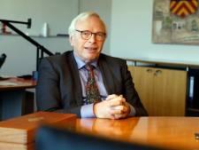 Sjef Evers weer in Maassluise stadsbestuur, maar niet om op de winkel te passen