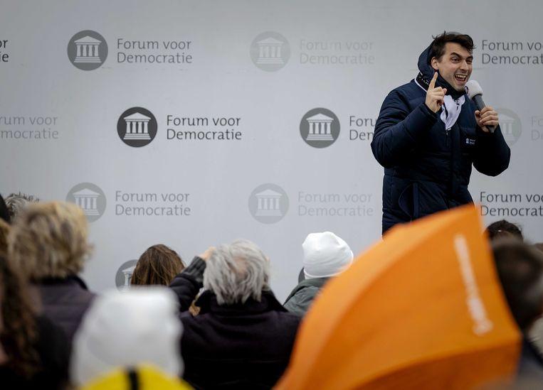 Thierry Baudet van Forum voor Democratie voert campagne in Katwijk. De partij neemt deel aan de Tweede Kamerverkiezingen op 17 maart. Beeld ANP