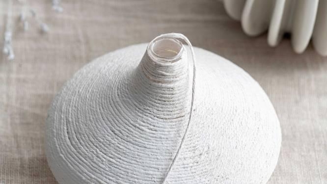 Doe het zelf: zo maak je rustieke vazen met touw