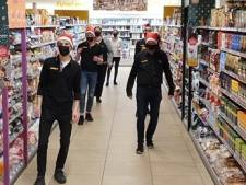 Jumbopersoneel doet Jerusalema Challenge: 'Voor een glimlach op het gezicht van de klanten in Winterswijk'