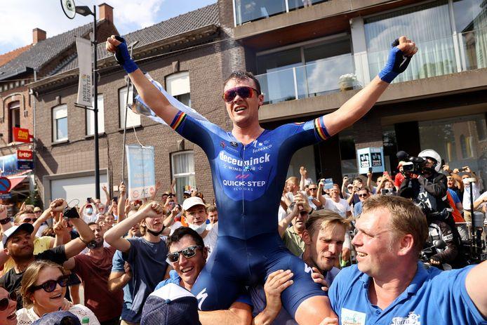 Yves Lampaert werd gevierd door het thuispubliek.