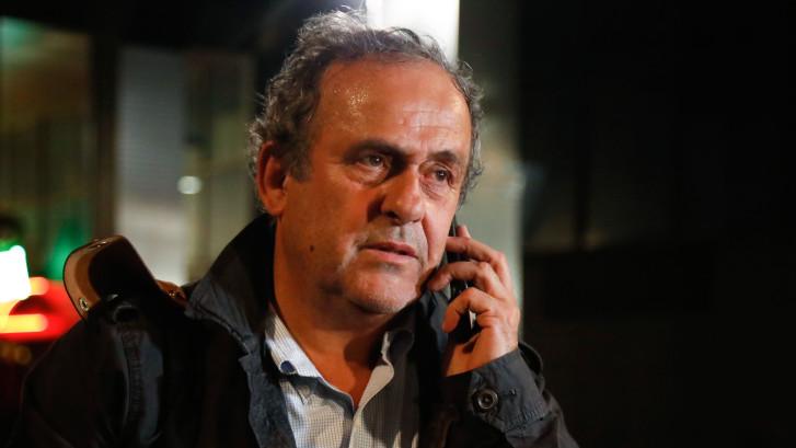 Platini vrijgelaten na dag verhoor: 'Het doet zoveel pijn'