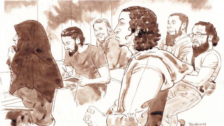 Rechtbanktekening van Iman B., Azzedine C., Rudolf H., Oussama C., Jordi de J. en Moussa L. tijdens het grote Haagse jihadproces in de speciaal beveiligde rechtszaal De Bunker in Amsterdam-Osdorp. Beeld ANP