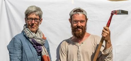 Moeder Dita en zoon Vincent hebben een tuinderij van bijna twee hectare: 'Verser krijg je het niet'