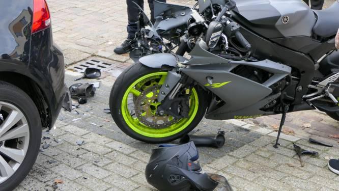 Motorrijder gewond bij botsing in Enschede