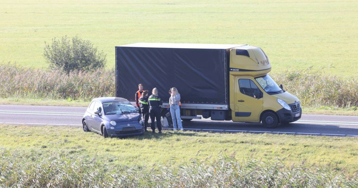 Ongeluk op N50 tussen Emmeloord en Zwolle: verkeer muurvast bij Kampen.